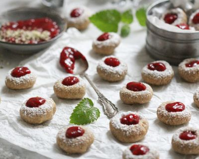 Glutenfreie Superfood-Thumbprint-Cookies
