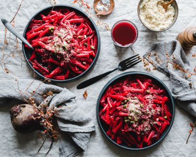 Rote Bete Pasta (from Hell)